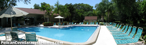 What a great place to enjoy the sunny Florida lifestyle. Relax here, and soak up the sun.